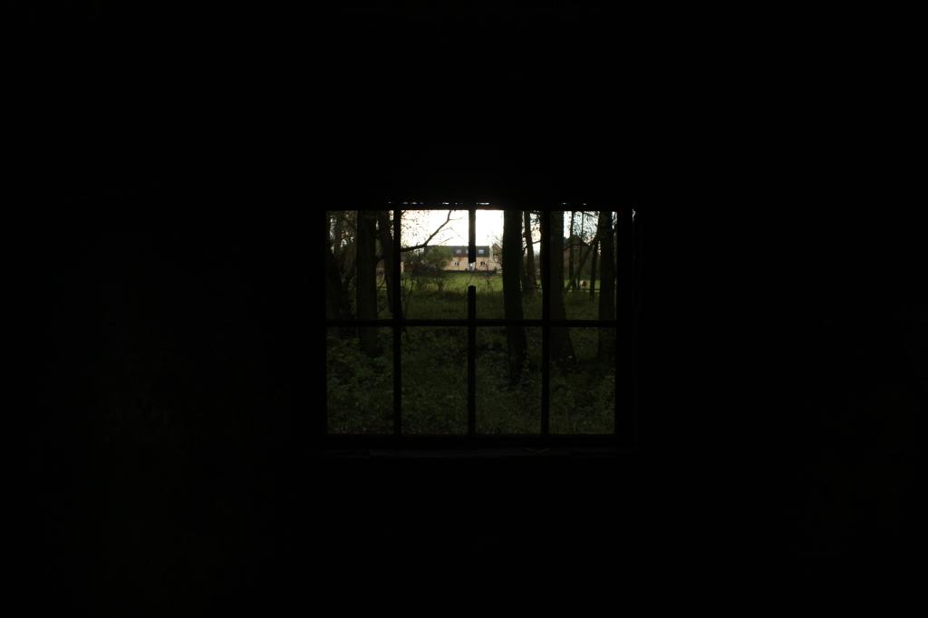 raam blauwe kamer